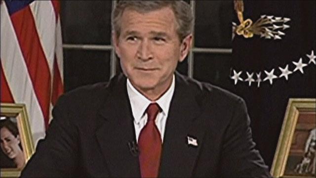 รีวิวเรื่อง FAHRENHEIT 9/11 (2004)